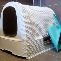 Cat litter box in a matching design