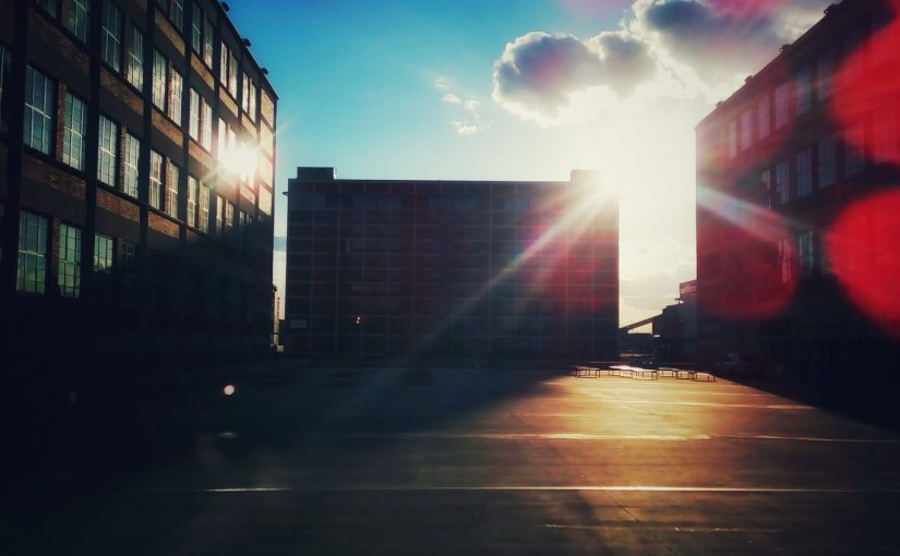 iPhriday: Golden Hour
